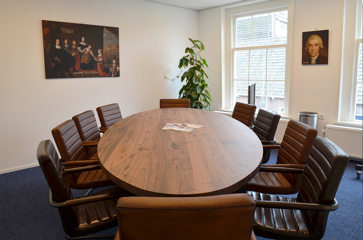 Buccaneer Delft meeting room, bright and comfortable space with fixed seating for 10